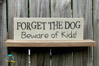 Friday Funny: 10 Hilarious Signs That Every Dog Owner Needs To See!